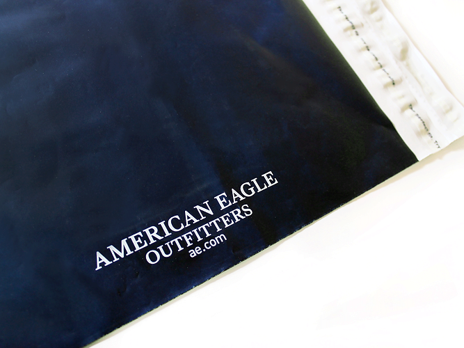 American Eagle Poly-Shipper, E-Commerce Packaging by Commonwealth Packaging Co.