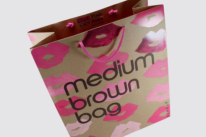 Custom printed shopping bag for Bloomingdales by Commonwealth Packaging Co.