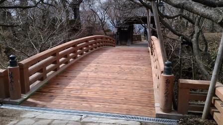 高遠城址公園内桜雲橋、橋梁修繕工事