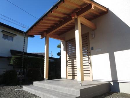 新和風の広い玄関の平屋(伊那市狐島)