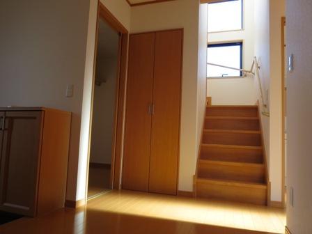 ホール・階段室-thumb-448x336-828