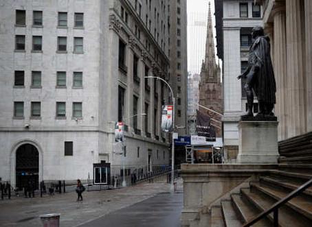 Torres de escritórios em Wall Street estão quase vazias