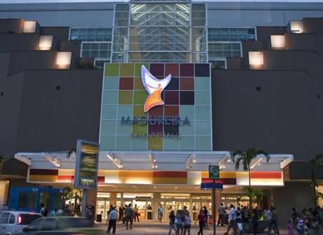Parte dos shoppings ainda estudam se vão aderir ao funcionamento 24 horas