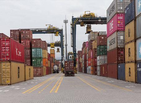Balança comercial brasileira tem superávit recorde de US$ 10,349 bi em abril