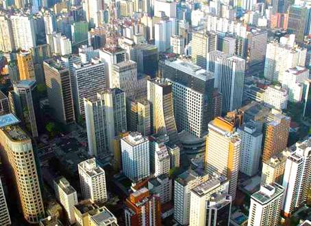 Lançamentos de imóveis residenciais caem 23% em fevereiro