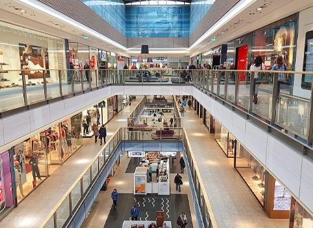 Segundo associação, 53% dos lojistas temem novas demissões e fechamento definitivo