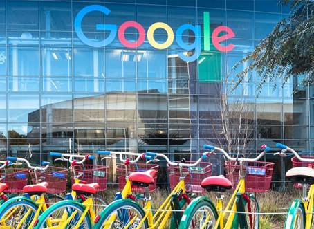 Google adia retorno aos escritórios e planeja jornada flexível