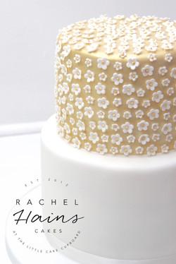 Little Cake Cupboard1-3