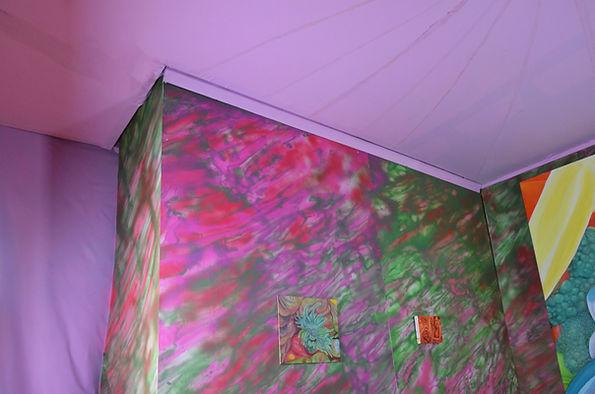 corner Good ceiling .jpg