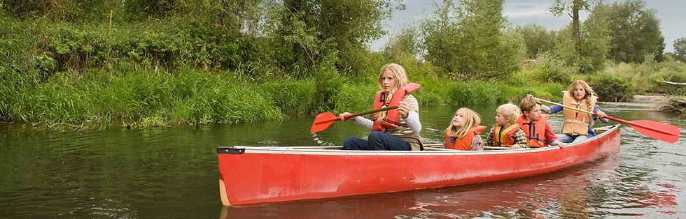 Sports d'été, kayak, nautique, paddleboard, boreal design, riot kayaks, pagaie, jupette, veste de sauvertage, vfi, sifflet, équipements pour le kayak, kayak de mer, kayak de rivière, kayak de lac