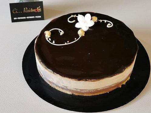 Torta semifreddo nocciola/ cioccolato (~ 1kg)