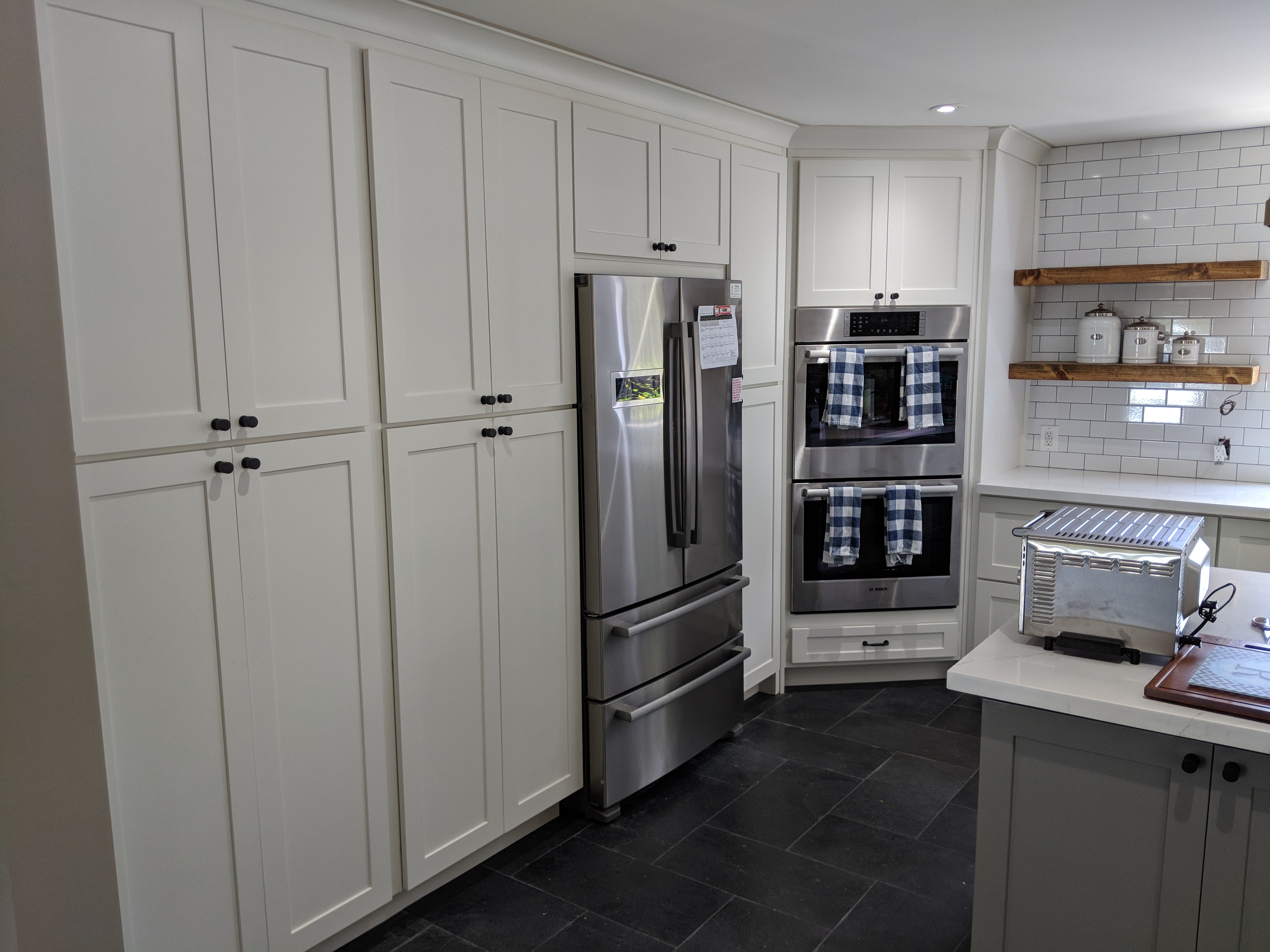 Shaker Style Kitchen Cabinet