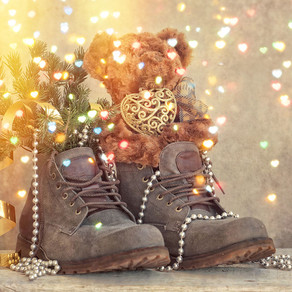 Spread the Cheer: The Ultimate Boot World Holiday Gift Guide