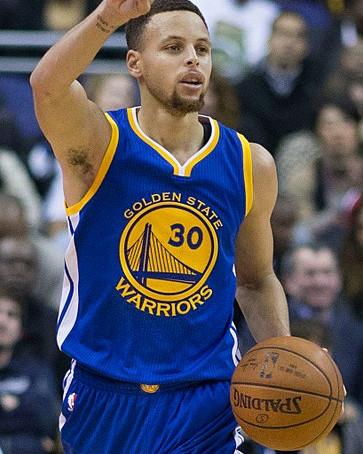 Stephen Curry rejoint Michael Jordan et Kobe Bryant dans l'histoire pour un record assez surprenant