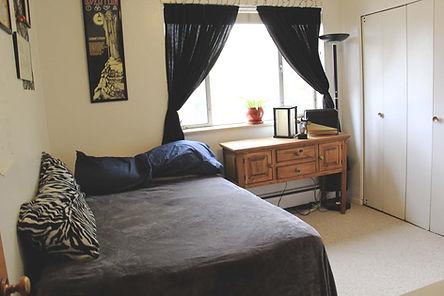 2-Bedroom, second bedroom view