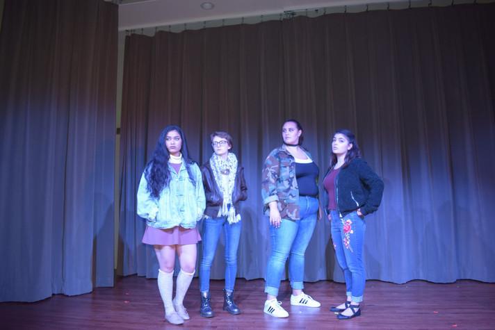Ophelia, Marcellus, Bernardo, Horatio