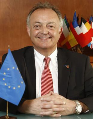 CHAMBER CONSULTATION WITH H.E. AMBASSADOR LUC VANDEBON AND THE EU DELEGATION