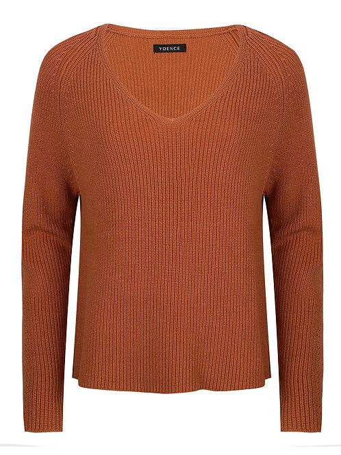 Ydence knitwear Tess