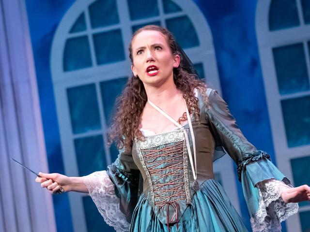 """Dorabella in Mozart's """"Cosi fan tutte"""""""