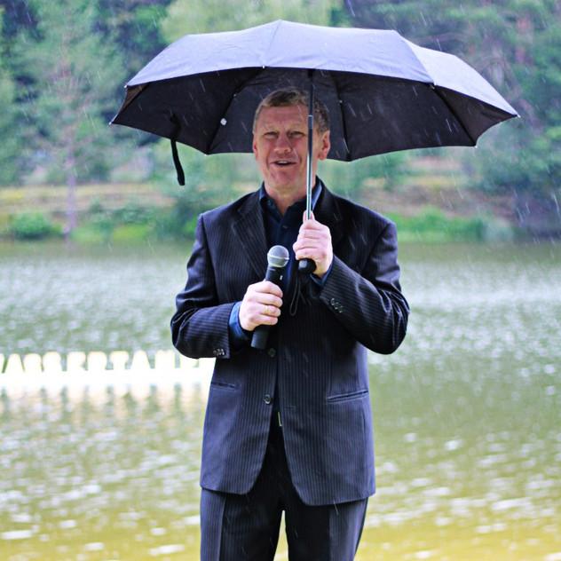 Pastor Paul Scheck - Wassertaufe 2014
