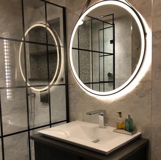 Lauzzo bathroom
