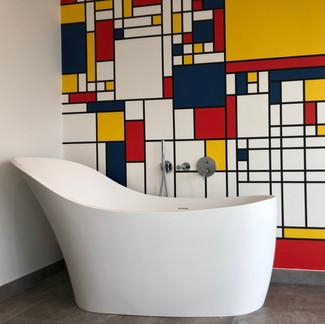 Lauzzo world map free standing bath