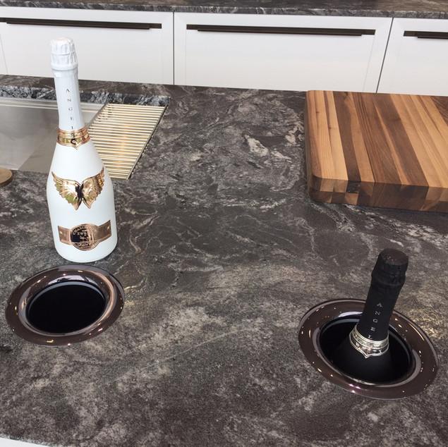 Lauzzo Porcelanosa wine cooler kitchen