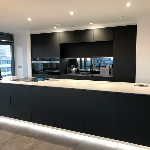 Lauzzo Porcelanosa kitchen install