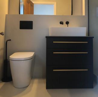 Lauzzobathroom installs