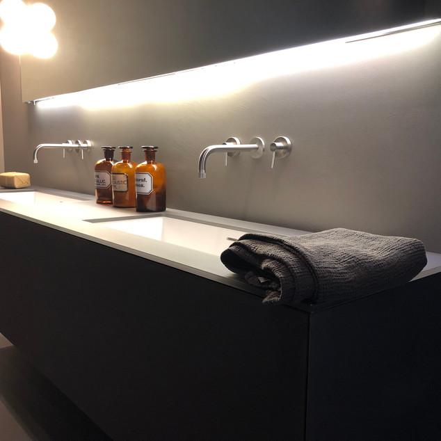 Lauzzo KDH bathroom wall