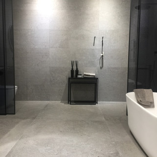 Porcelanosa bathroom by Lauzzo