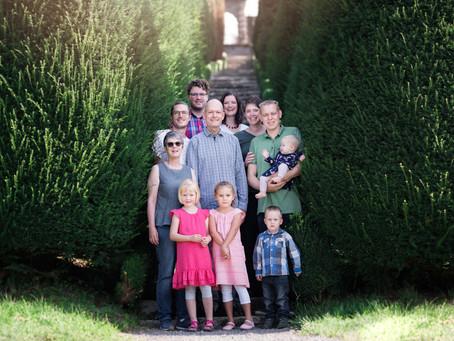 Familienfotoshooting auf dem Schloss Wildegg