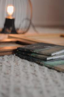 Kleine identische Alben für die Familie