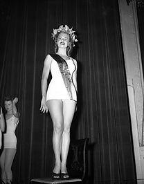 1946 Miss Chicago - Cloris Leachman.jpg