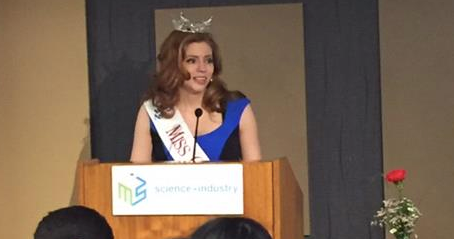 Miss Chicago Appears at Chicago Public Schools Student Science Fair