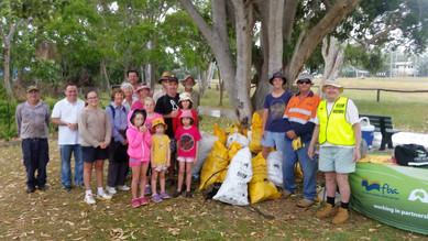 Great Northern Cleanup volunteers