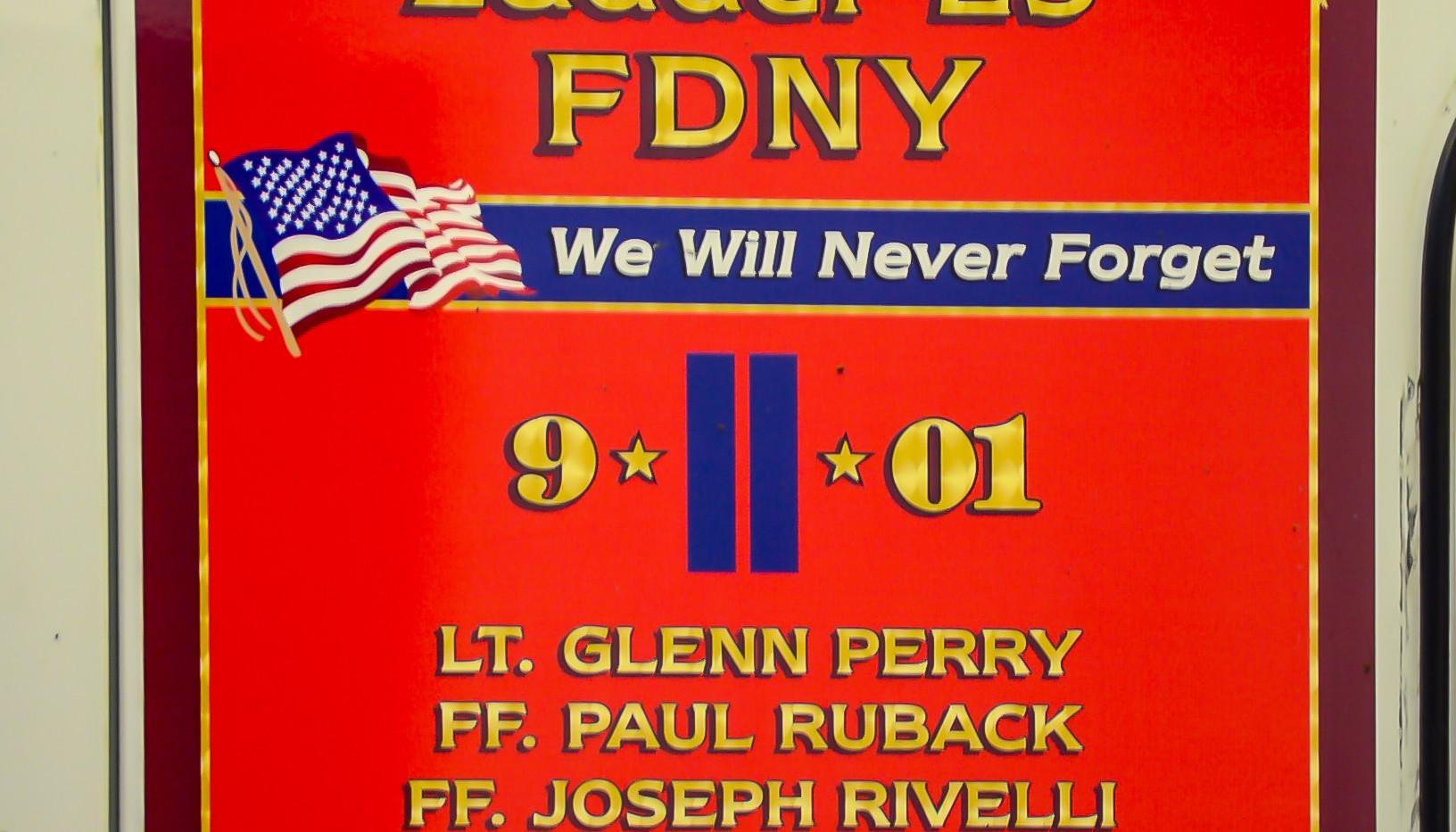 FDNY L25  911 Graphic