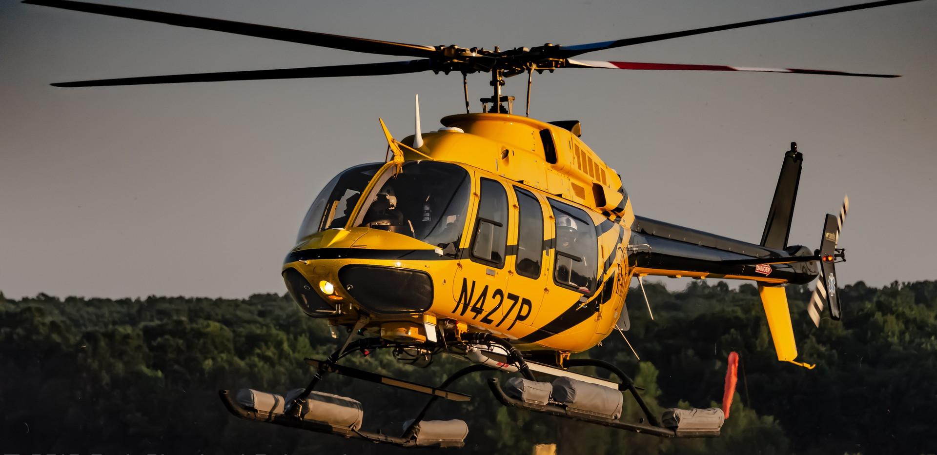 N427P lands at KEZF