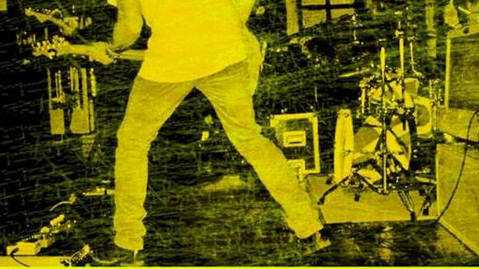"""CD físico """"canciones en el garaje"""""""
