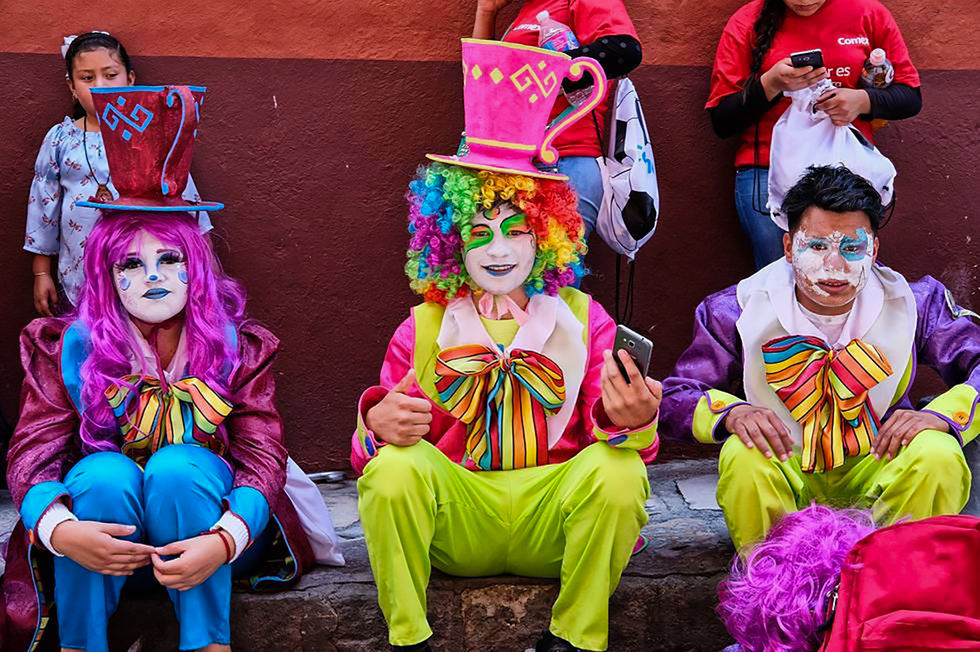 SDMA_Día de los Locos_After parade.jpg
