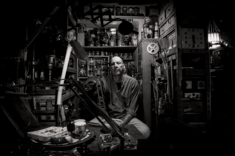 FRANK GARAM  |  raw artist