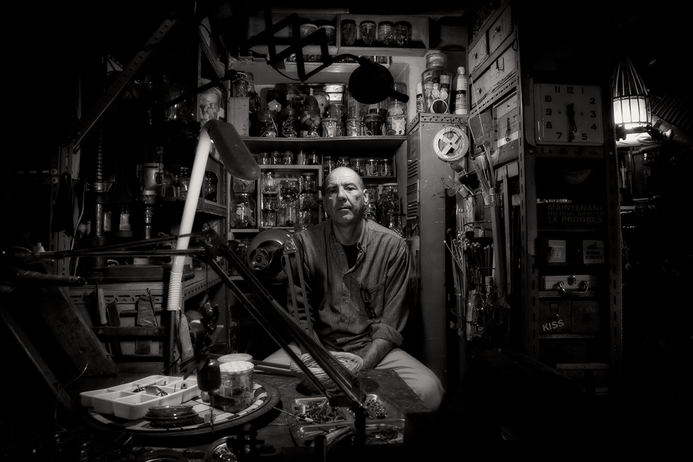 FRANK GARAM     raw artist