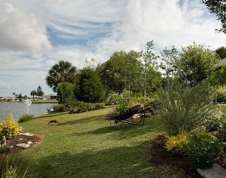 5_Rimpled Bothie Gardens.jpg
