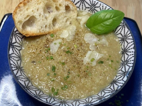 Cauliflower Soup - Healthy and full of flavors!