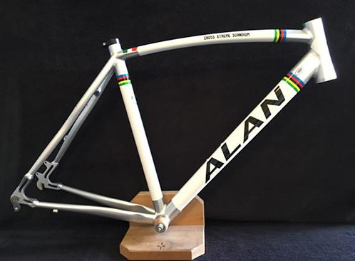 ALAN Xtreme Scandium DBS Frame, Fork, Headset - One Available - Size Large.