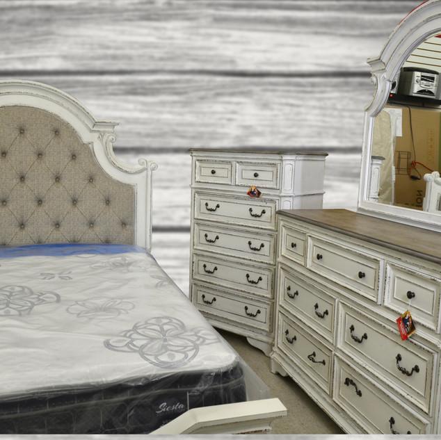 bedroom sets_bargain barn.jpg
