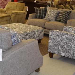 living room _ bargain barn.jpeg