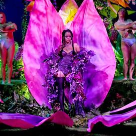 Savage x Fenty: Rihanna celebra diversidade em desfile de lingerie com Rosalia, Lizzo e mais