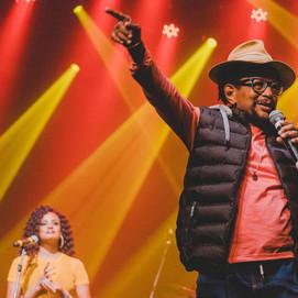 Príncipe do Soul e da Solidariedade: Carlos Dafé promove live solidária para ajudar artistas e morad