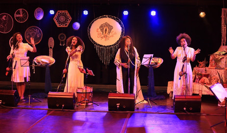 II Mostra Elas em Cena reúne mulheres da música como Zezé Motta, Ná Ozzetti e Nega Duda